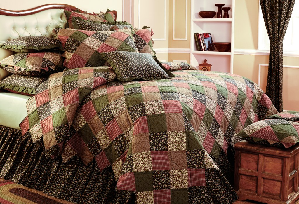Plainfield IN heirloom bedding